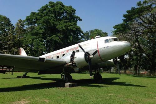LBG-Gardens-RAAF-DC-3_4.jpg